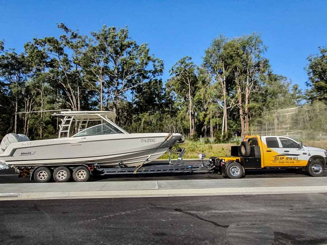 Slip Away moving a boat without a trailer with haulage by road in Sydney or interstate for large boats 20 feet or larger local transport company