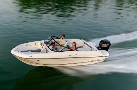 Man and Woman Buying a Boat Online in Australia