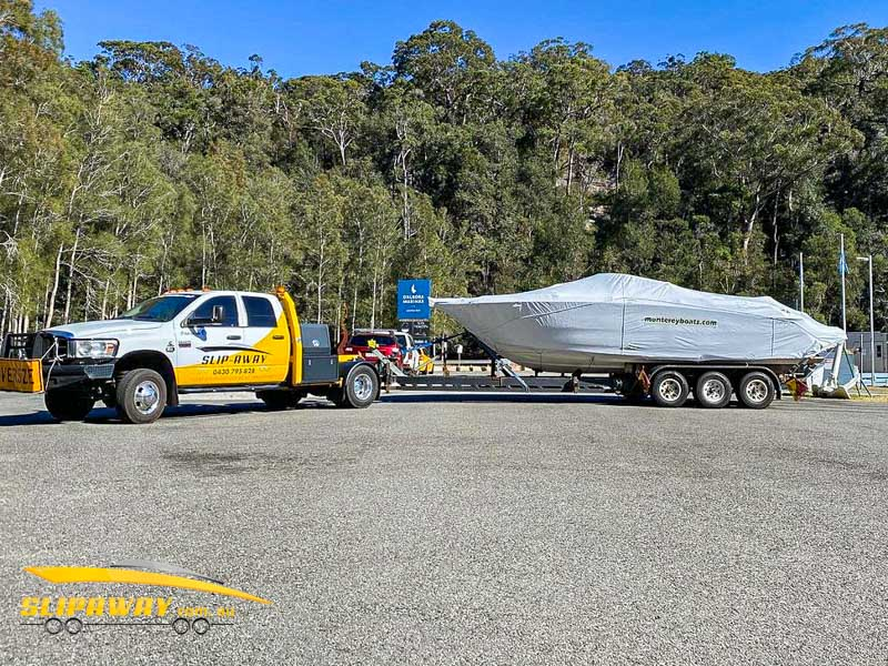 MELBOURNE TO SYDNEY INTERSTATE BOAT TRANSPORT BY SLIP AWAY BRAND NEW MONTEREY 278SS FROM BOAT YARD MARTHA COVE MELBOURNE TO SYDNEY BOAT RAMP