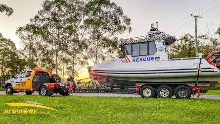SLIP AWAY BOAT TRANSPORT SYDNEY MELBOURNE BRISBANE FOR 20 TO 30 FOOT COMMERCIAL MARINE TWIN HULL CENTRE CONSOLE VESSELS